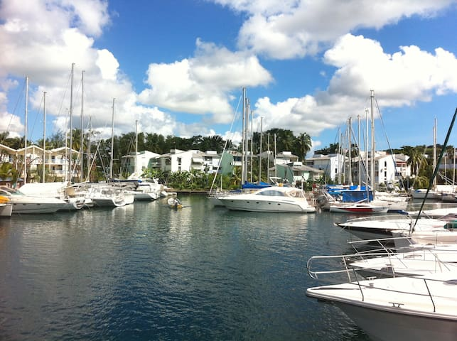 Enjoy the Marina Pointe du Bout, T2 - Les Trois-Îlets - Apartament