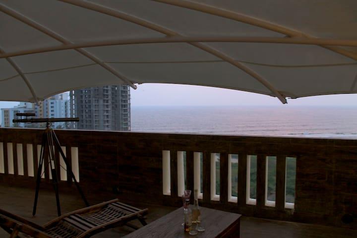 The Stunning Ocean Penthouse  - Kannur - Apartment