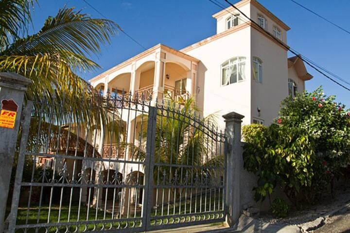 villa palmiste