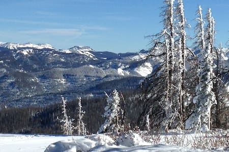 Got Snow? 20 minutes to Wolf Creek Ski Area! - Pagosa Springs