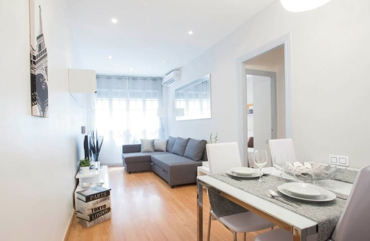 Appartement moderne et confortable à Gracia