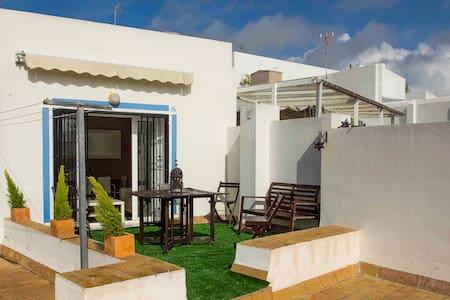 Precioso ático con terraza en pleno centro - Cádiz - Lakás