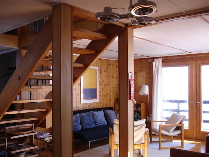 5 rooms Swiss wooden Chalet in Laax
