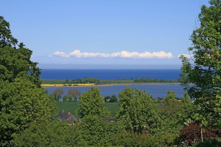 Ostseeblick über den großen Binnensee