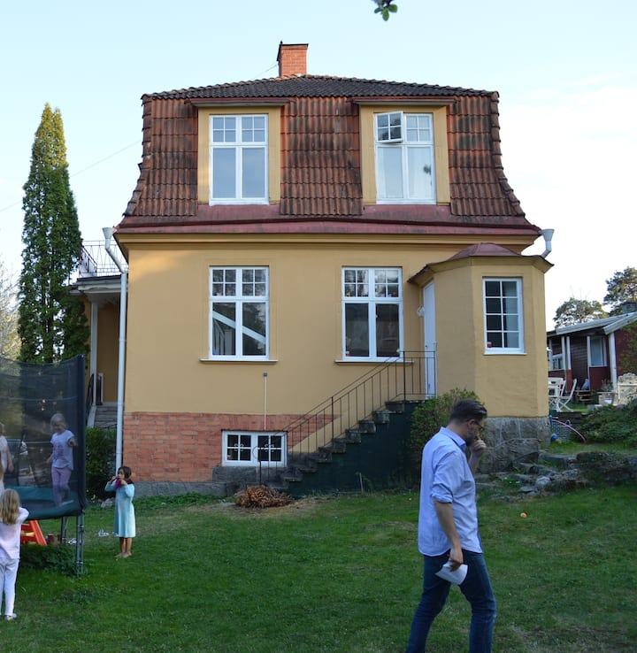 Lovely villa with large garden outside Stockholm