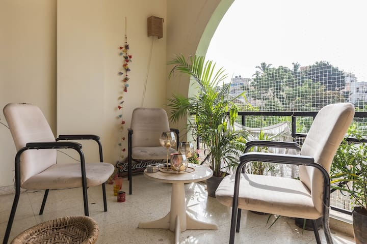 Amazing Room in a 3BHK - Cooke Town