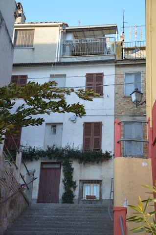 La casa di Maria - Acquaviva Picena - House