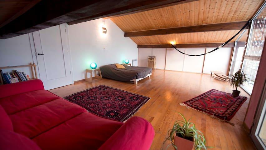 Maison au coeur de la Nature à 10 min de Bernex - Féternes - Casa