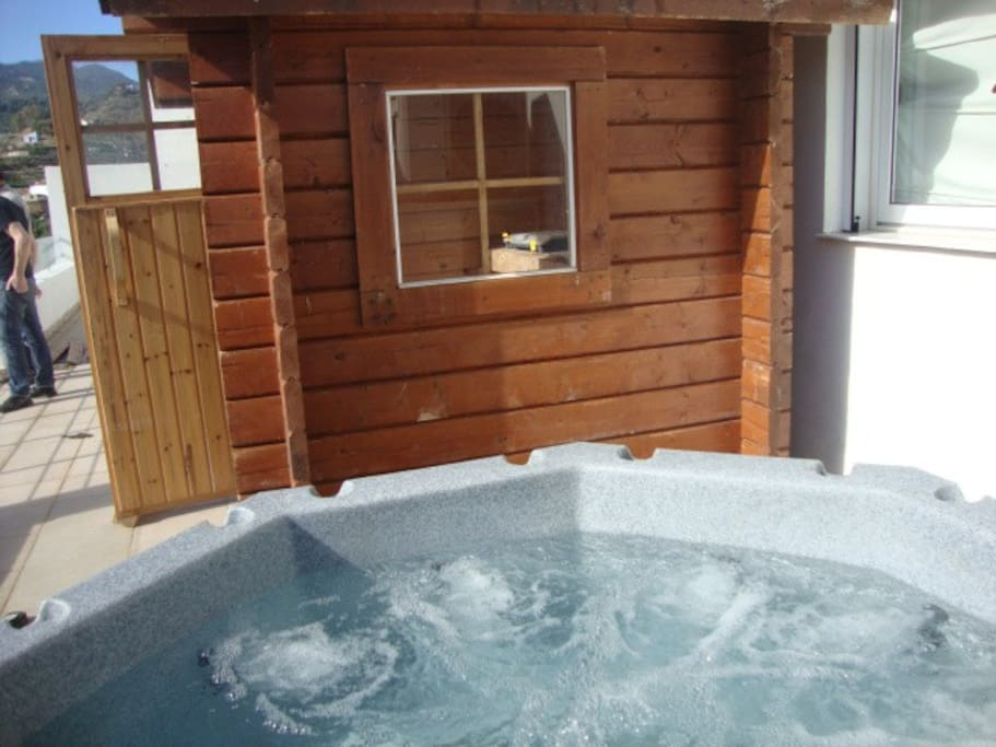Hot Tub and Steam Cabin on secludes terrace