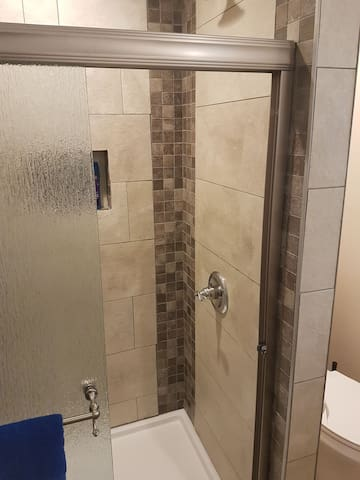 The Roma King Suite w/ Private Bathroom