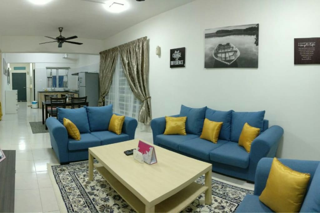 RHD has a very spaces area which consist of Living Room, Dinning Table and Kitchen..