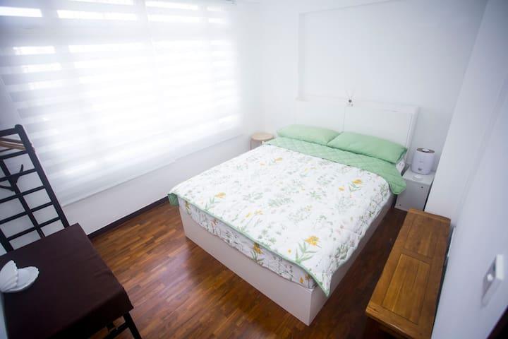 [兰岗]独立房间,20分钟MRT直达市中心和圣淘沙