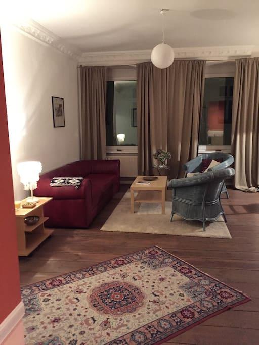 Altbauwohnung in berlin mitte wohnungen zur miete in for Wohnzimmer zur mitte