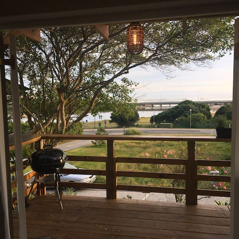 Wilderness on the lagoon/beach. self catering.