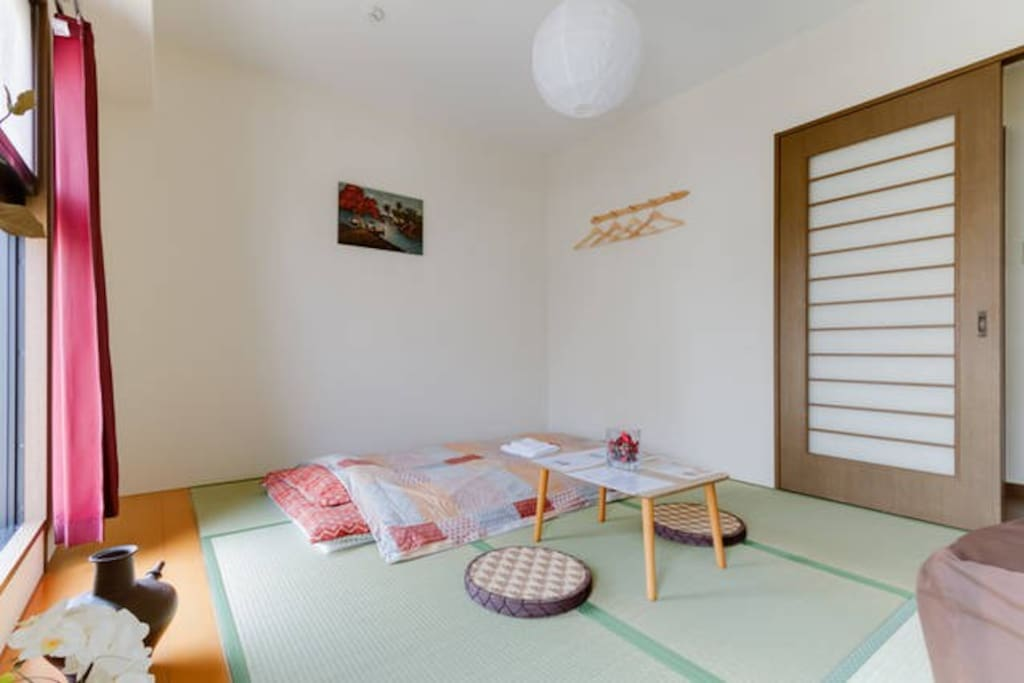 Up to 3 Guests!Traditional Japanese Room!!