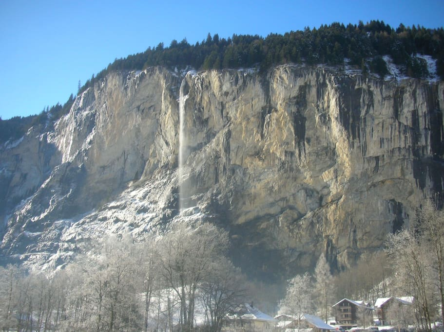 Winter waterfalls  from dining table- no hotel has this view  -Actual View