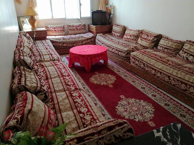 Lovely shared house/ Colocation francaise - Rabat - Bed & Breakfast