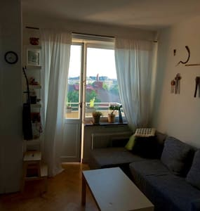 Beautiful and renovated central aparment in Gärdet - Stockholm