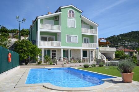 Villa Šolo - Hidden Dalmatia-Rural Apartment - Ploče - Byt