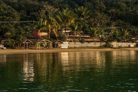 VILA CORUMBE PARATY, beira do mar! - パラチ - 一軒家