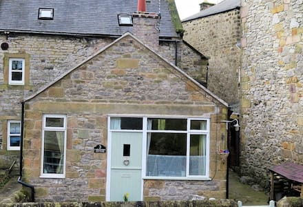 A cosy cottage for two in the Derbyshire Dales. - Wensley - Bungalow