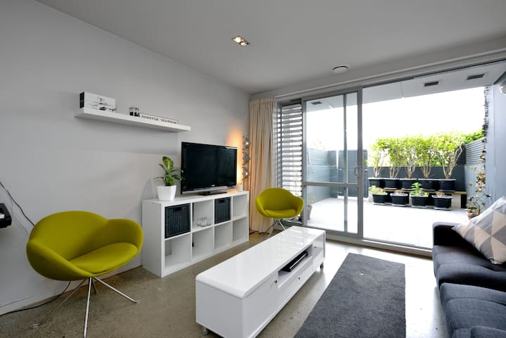 Stylish Ponsonby Apartment