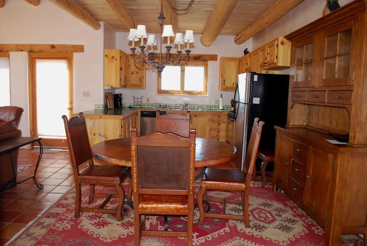 Casa Seco -  Close to Taos Ski Valley and Town