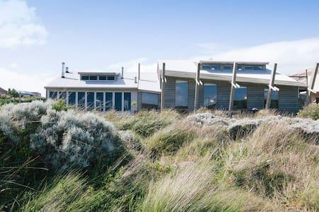 Modern Coastal Retreat