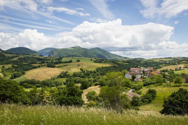 Casa vacanze Avenale, Marche