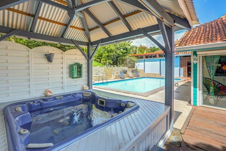 Entre plage et cocotiers, villa standing confort