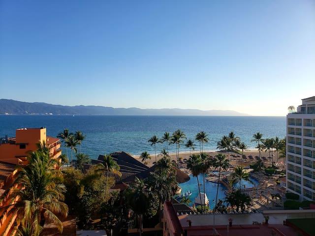 Oceanfront Resort Condo with Amazing View (#743)