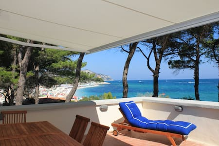 Beach house in a wild,historic area - Portonovo  - Ev