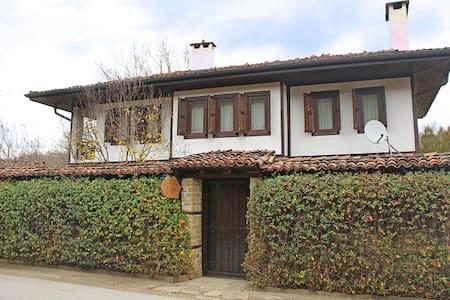Ralevi House - the pearl in Katunishte - Katunishte - Villa - 0