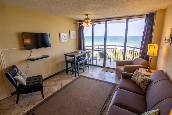 Oceanfront in the heart of Myrtle Beach Incredible views! Walking distance to everything! 403