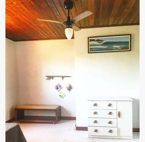 Casa de Praia em Saquarema na beira da Lagoa