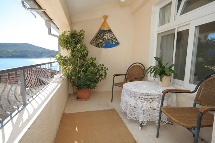 One bedroom apartment near beach Slano, Dubrovnik (A-4744-a)