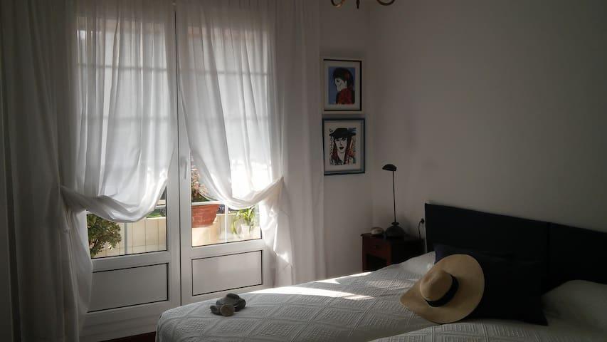 1  Schlafzimmer α komplett - Castro Urdiales - Apartment