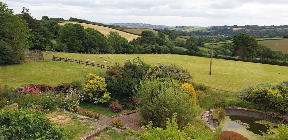 Gorgeous countryside Annexe with outstanding views