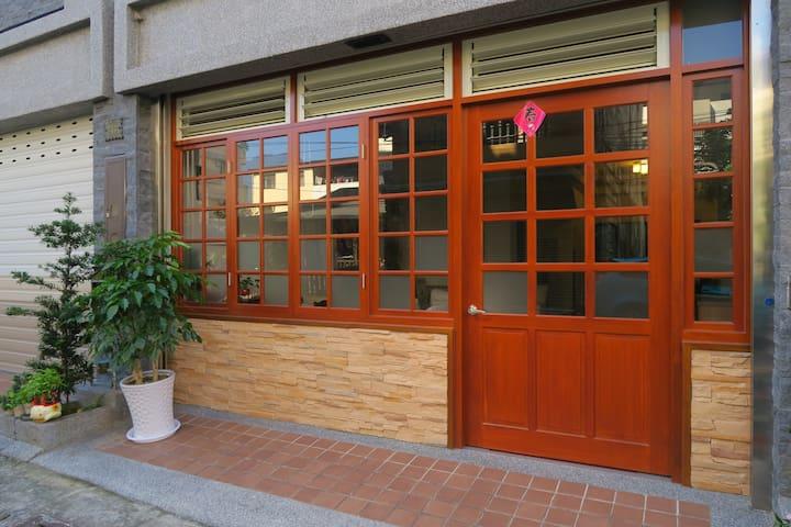 正美民宿-春風雙人套房 (4F)  全新完成電梯透天