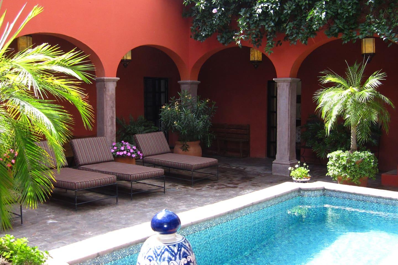 Casa Nueva España - Pool Patio