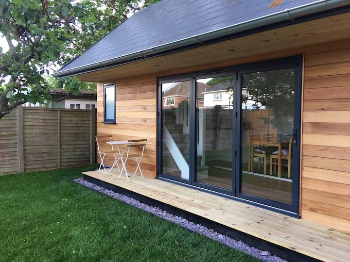 The Garden Room-Lymington
