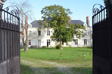 Ode Villa Pronzat - Rouans