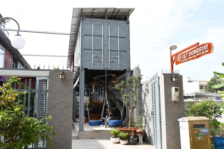 Homestay container T&T
