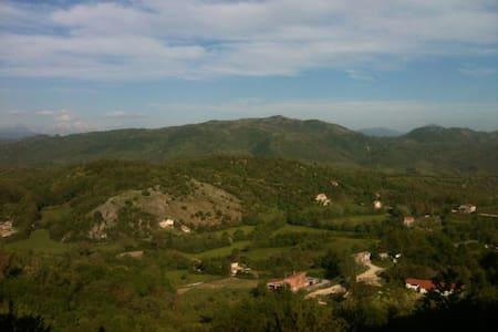 Mountain house near Rome - Orvinio - 獨棟