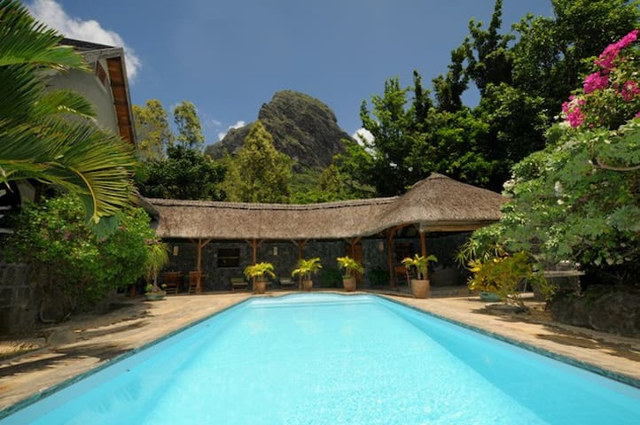 Villa Serena & pool close toOne Eye KiteSpot Morne