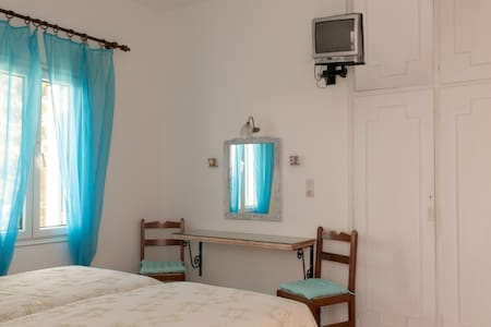 Andriani's Guest House/ Double Room - Mikonos