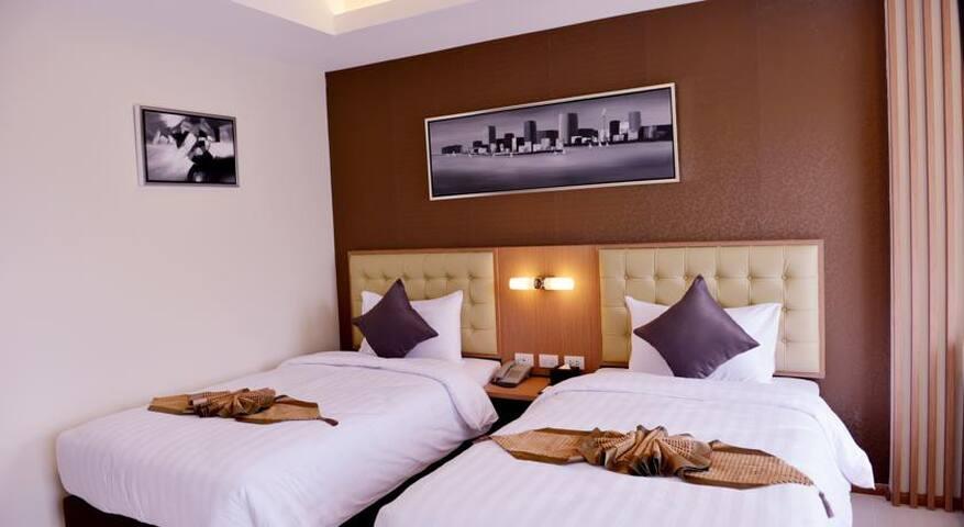 Luxury twin room w/ Breakfast - Bangkok - Bed & Breakfast