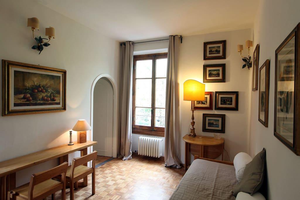 Elegante appartamento firenze appartamenti in affitto a for Appartamenti firenze