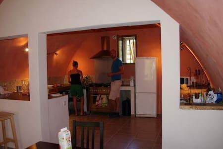 chambre dans une guest house - Castellane