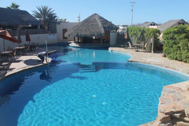 Cerritos Villa with views & close to Todos Santos